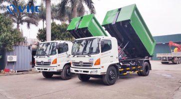Xe chở rác thải thùng rời ( Xe Hooklift)