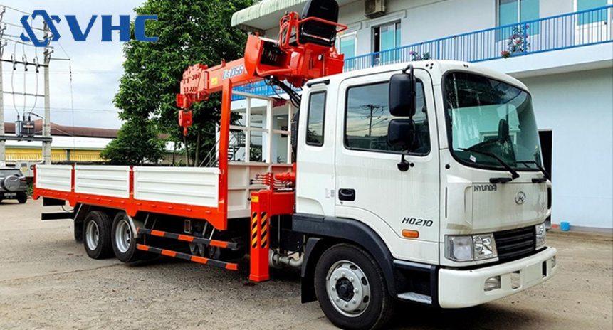 Xe tải gắn cẩu 5 tấn Huyndai giải pháp cho những khách hàng khó tính