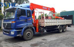 Xe cẩu tự hành 8 tấn trên Thaco Auman C240