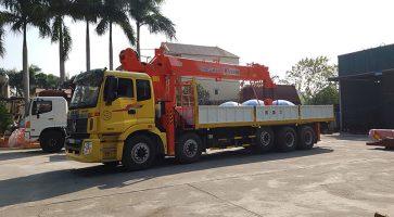 Xe cẩu tự hành giải pháp vận chuyển, xếp dỡ hàng hóa được ưa chuộng