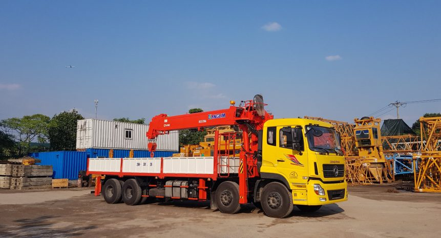 Khám phá ưu việt của xe tải gắn cẩu tự hành 15 tấn Dongfeng Hoàng Huy
