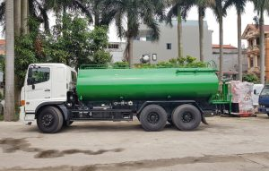 Xe xitec phun nước rửa đường